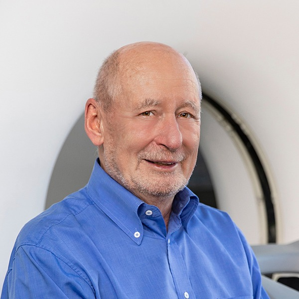 Dr. med.  L.-R. Schmidt
